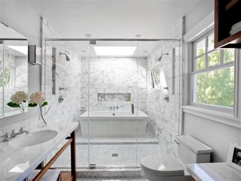 Two-Person Bathtubs: Pictures, Ideas & Tips From HGTV | HGTV