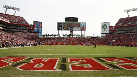 Raymond James signs long-term naming rights deal with