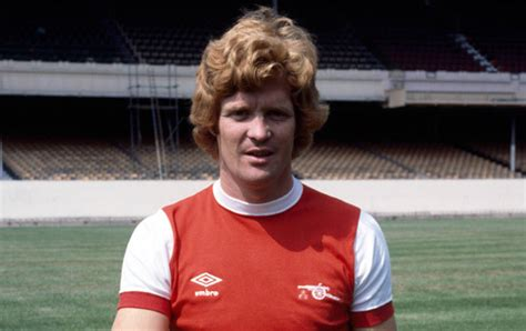 Willie Young   Players   Men   Arsenal